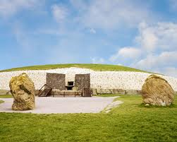 Newgrange Bru na Boinne Slane World Heritage Site