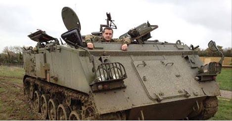Irish Military War Museum - Learn to drive a tank!